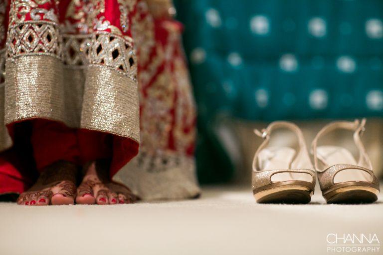 www.facebook.com/channaphotography